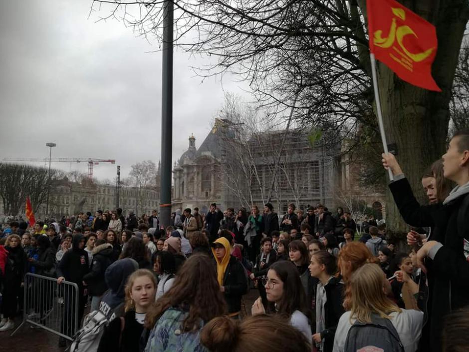 Mobilisation lycéenne : un gouvernement de pompiers pyromanes !
