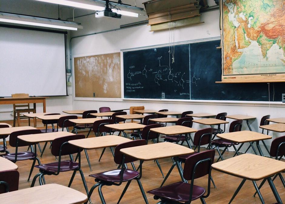 Budget de l'école et de la formation : Macron confirme l'austérité !